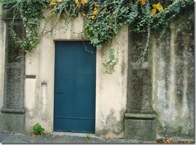 Lucca Doorway
